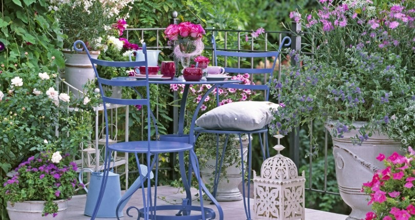 Decoración veraniega: terrazas, patios y espacios al aire libre… con decoración mediterránea